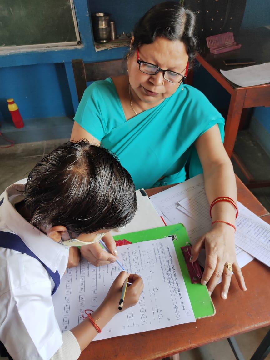 सुल्तानपुर : सरस्वती शिशु वाटिका विवेकानंद नगर में वार्षिक परीक्षा शुरू