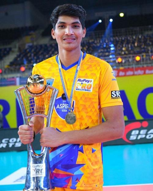 विद्या भारती के पूर्व छात्र भैया शिखर का एशियन वालीबॉल चैम्पियनशिप के लिए भारतीय टीम में हुआ चयन
